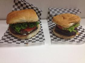 The Owiginal (6 oz) & Baby Burger (4 oz)
